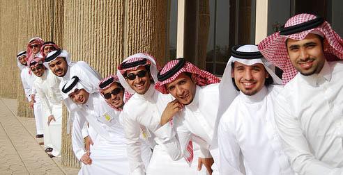 Arabs in Dishdasha