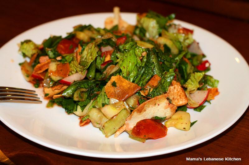 http://www.mamaslebanesekitchen.com/salads/fattoush-salad-recipe/